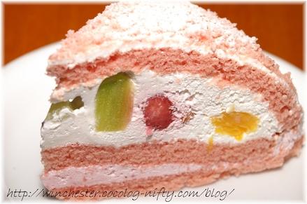 Strawberry_cake_001